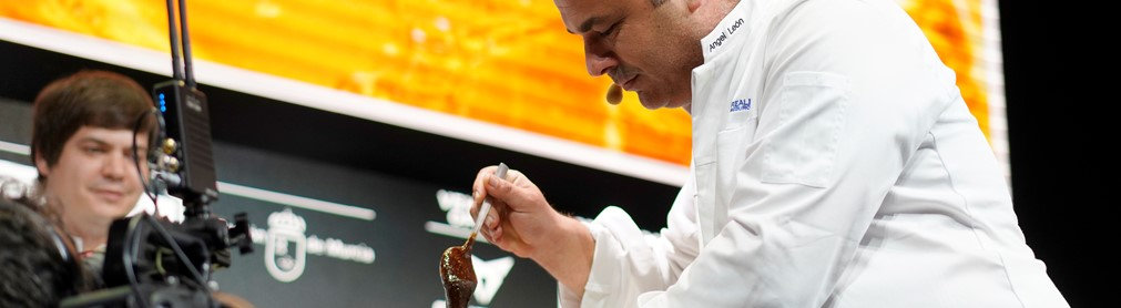 ÁNGEL LEÓN PRESENTS HIS SEA HONEY, ALONG WITH OTHER GASTRONOMIC DISCOVERIES, AT MADRID FUSIÓN